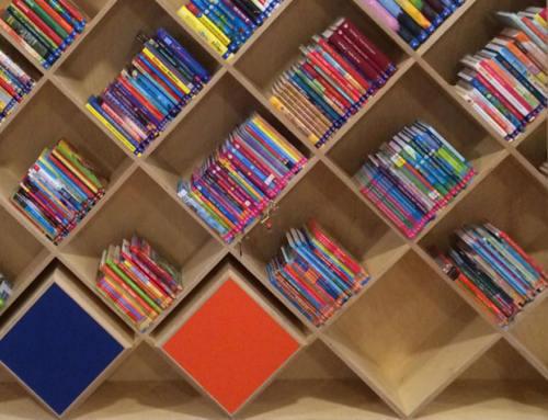 Nieuwe schoolbibliotheek ter ere van 90 jarig bestaan OG Heldringschool Den Haag